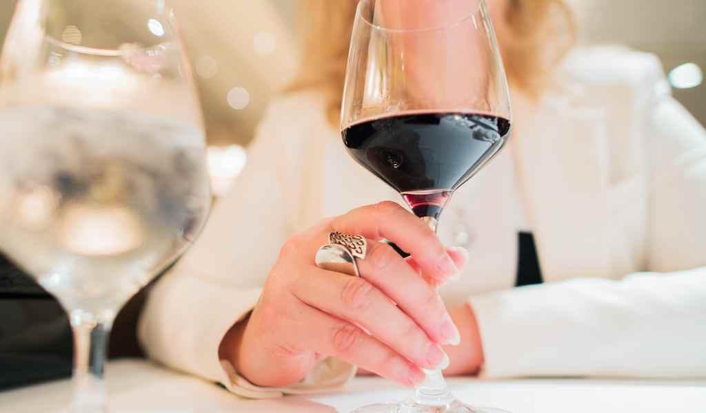 Лечение женского алкоголизма в Люберцах анонимно